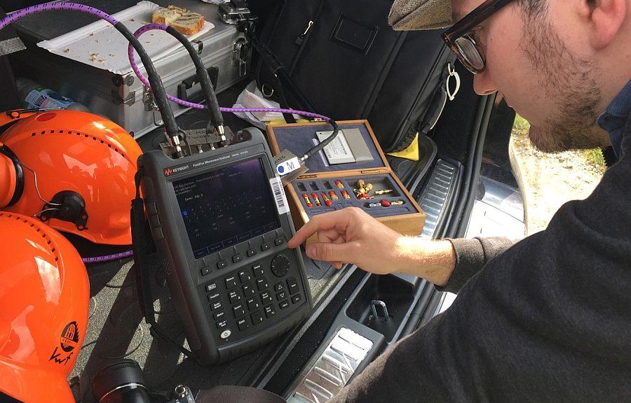 Keysight's portable RF FieldFox RF signal analyzer used to test the antenna of the RIME exploration system