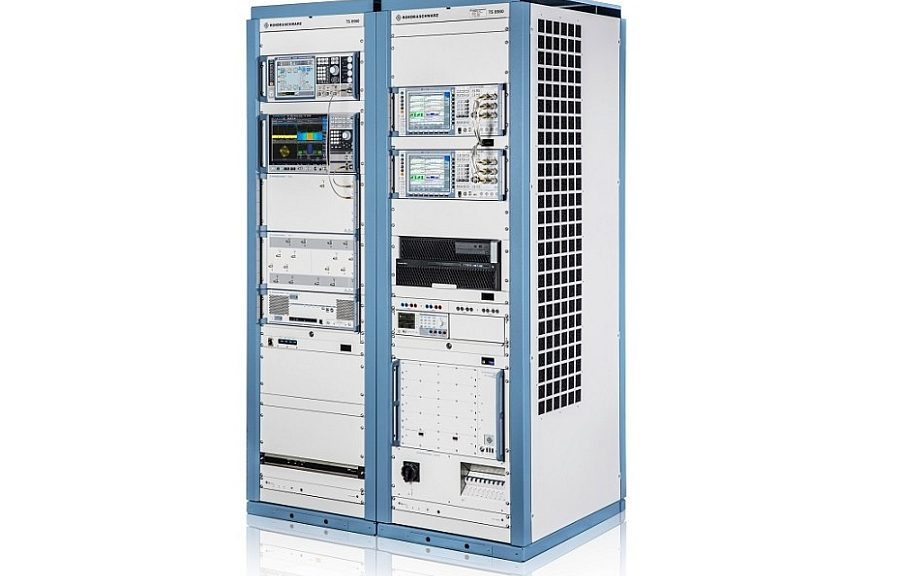 Rohde & Schwarz's TS8980 5G RF test system.