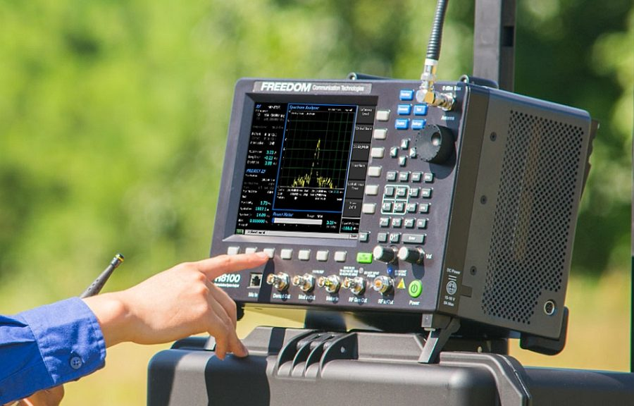 Freedom R8200 Portable LMR Tester from Astronics.