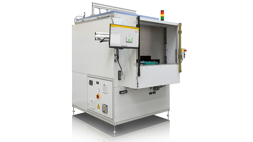 Radar radome tester from Löhnert Elektronik and Rohde & Schwarz.