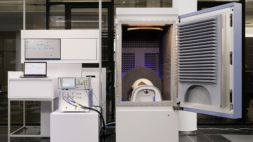 Rohde & Schwarz ATS1800C test chamber 5G NR mmWave.